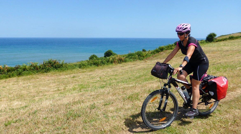 Camino de Santiago en bici Ruta Norte costa asturias | BIKINGTHROUGHSPAIN