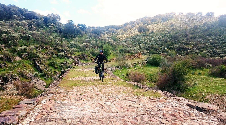 Camino de Santiago en Bici: Ruta la Plata Puente |BIKINGTHROUGHSPAIN