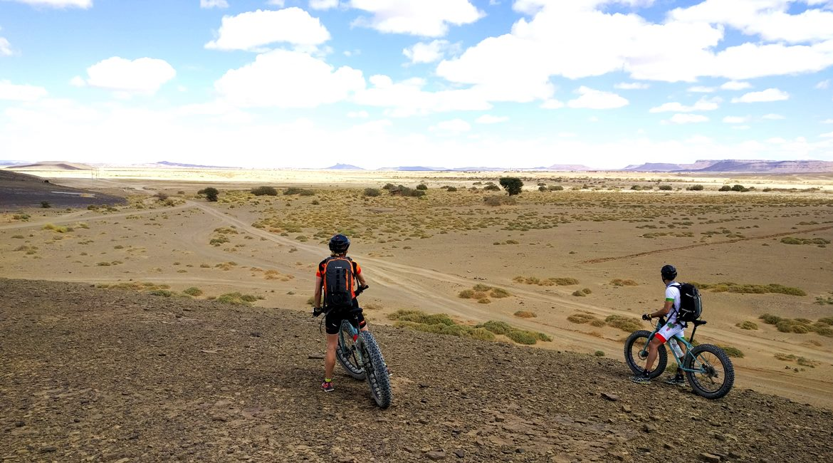 Marruecos en bicicleta. Horizonte BIKING THROUGH SPAIN & ESPAI BICI