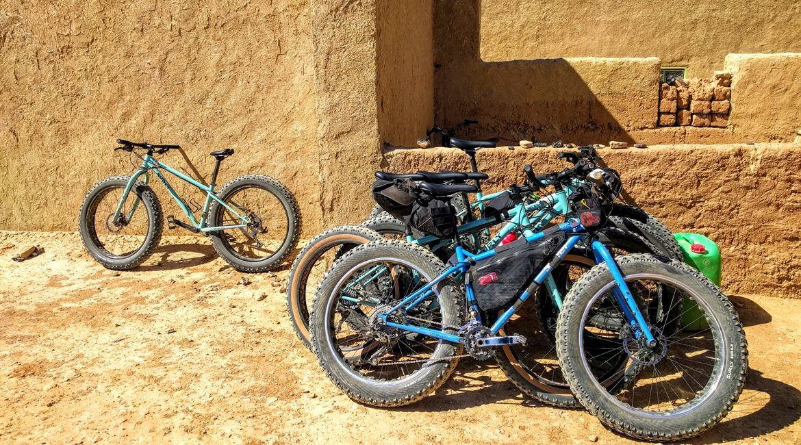 Marruecos en biciclet. Fat Bikes 2 BIKING THROUGH SPAIN & ESPAI BICI