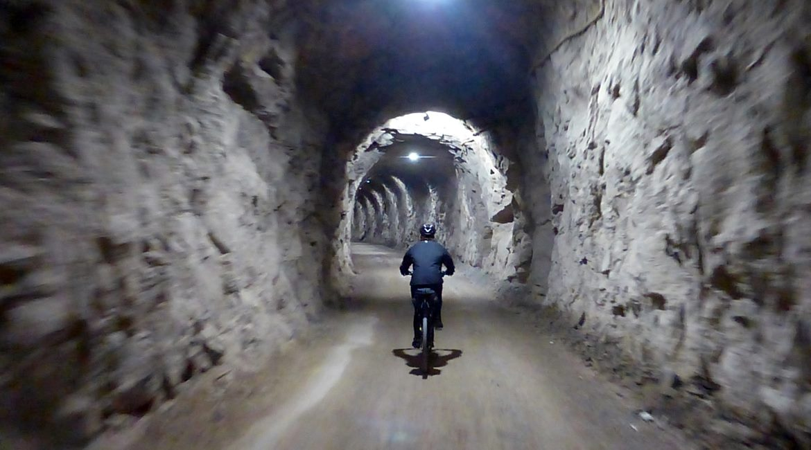 Ruta de las Colonias Textiles del Llobregat. Tunel. BIKING THROUGH SPAIN