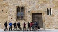 en bici por los pueblos medievales del Empordà. Petarallada. | BIKING THROUGH SPAIN