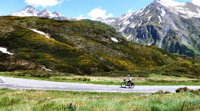 Gran Travesía del Pirineo Catalán en BTT Varradós 3| BIKINGTHROUGHSPAIN