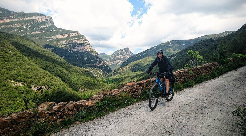Gran Travesía del Pirineo Catalán en BTT Sadernes| BIKINGTHROUGHSPAIN