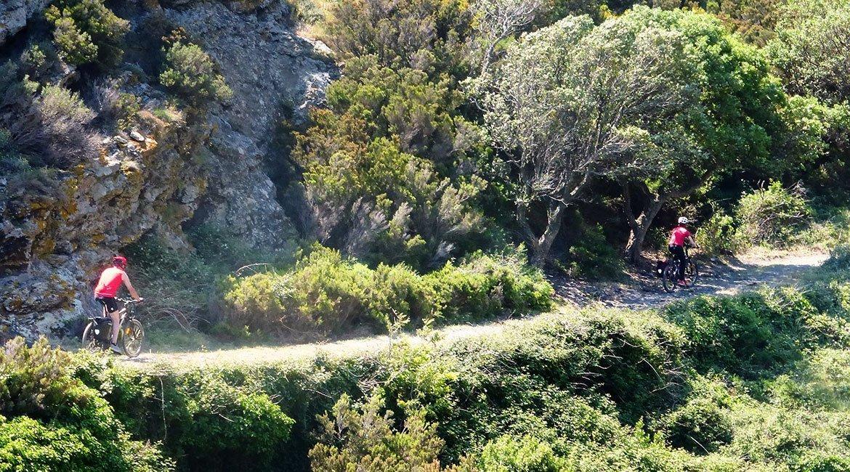 Ruta en bicicleta por el Alt Empordà Cap de Creus 2| BIKING THROUGH SPAIN