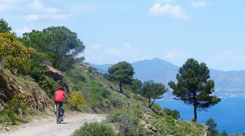Ruta en bicicleta por el Alt Empordà Caop de Creus 1| BIKING THROUGH SPAIN