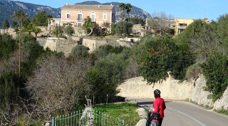 Travesía Serra de Tramuntana en Bicicleta. Calvia. BIKING THROUGH SPAIN