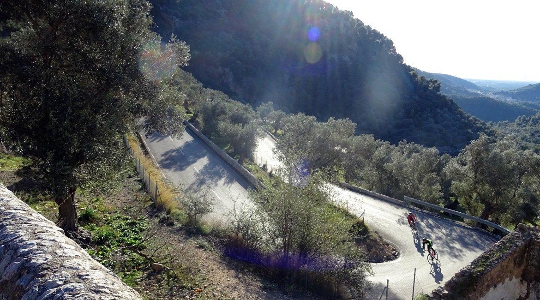 Travesía Serra de Tramuntana en Bicicleta. Port de Soller. BIKING THROUGH SPAIN