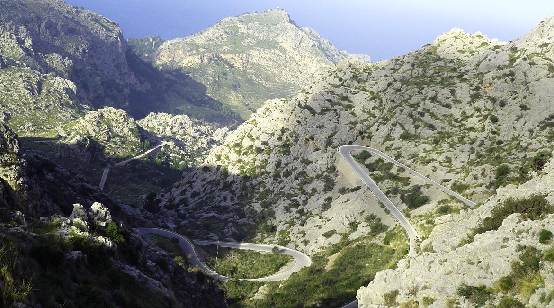 Travesía Serra de Tramuntana en Bicicleta. Sa Calobra 2 .BIKING THROUGH SPAIN