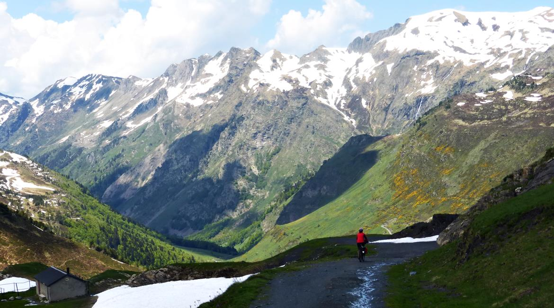 Gran Travesía del Pirineo Catalán en BTT Varradós 5| BIKINGTHROUGHSPAIN