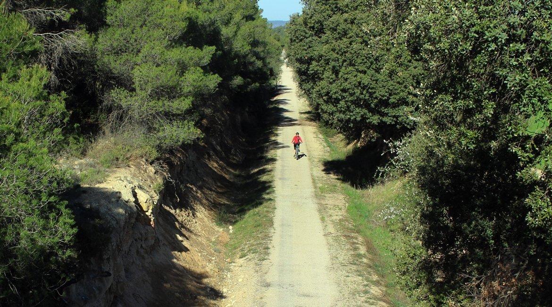 Vía Verde Val de Zafán en bicicleta. Vallderoures. BICIS EN RUTA