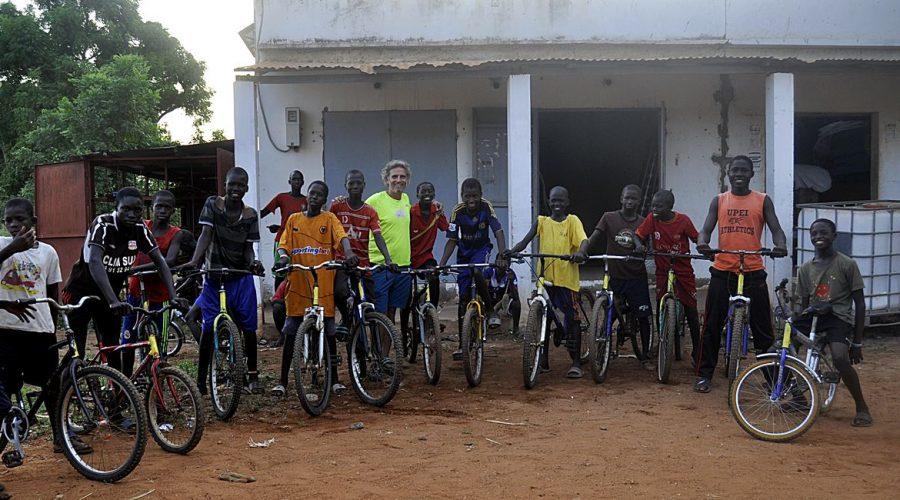 Bicis en Ruta colabora con Bicicletes sense Fronteres