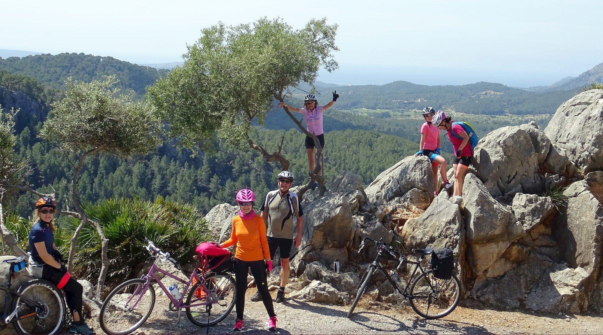 Serra de Tramuntana en bicicleta. Puigpunyent 3. BICIS EN RUTA. 1170x650