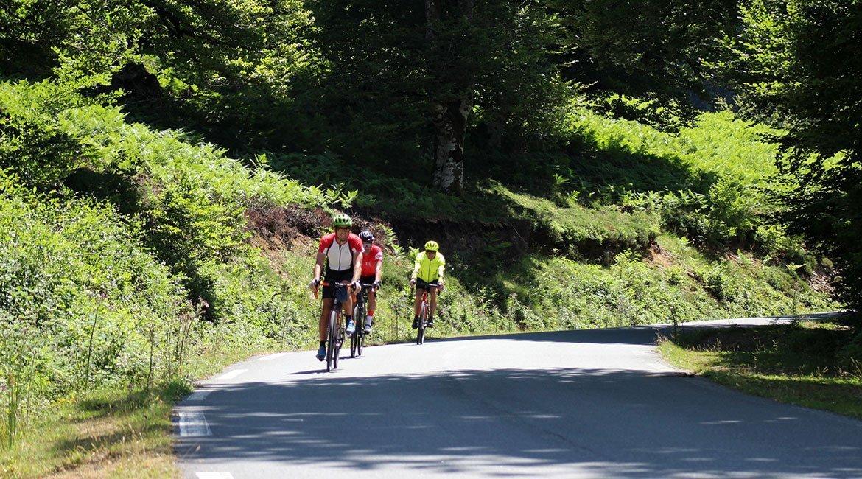 Alpes-Alta-Ruta-por-el-macizo-des-Ecrins-14-BICIS-EN-RUTA-1170x650