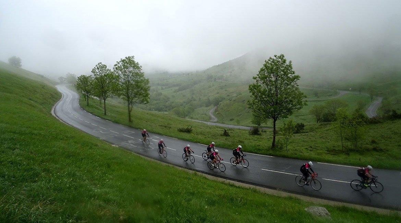 Alpes-Alta-Ruta-por-el-macizo-des-Ecrins-2-BICIS-EN-RUTA-1170x650