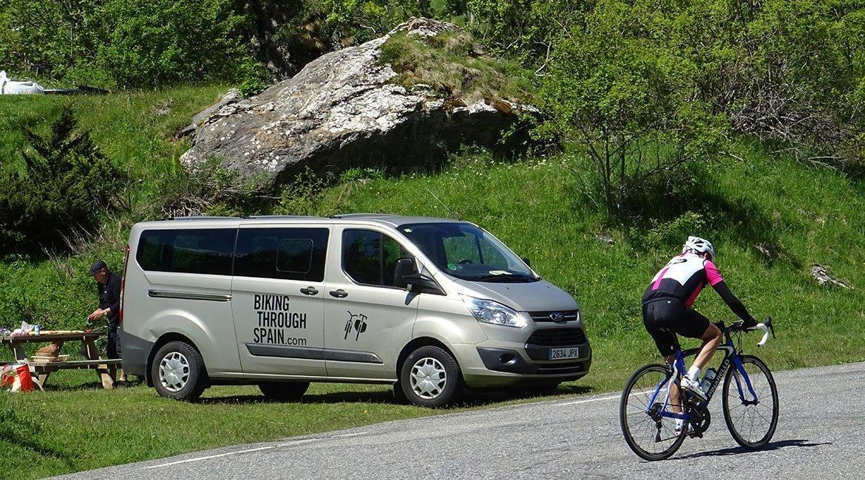 Alpes-Alta-Ruta-por-el-macizo-des-Ecrins-4-BICIS-EN-RUTA-1170x650