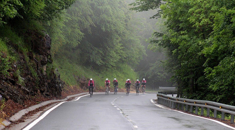 Alpes-Alta-Ruta-por-el-macizo-des-Ecrins-5-BICIS-EN-RUTA-1170x650