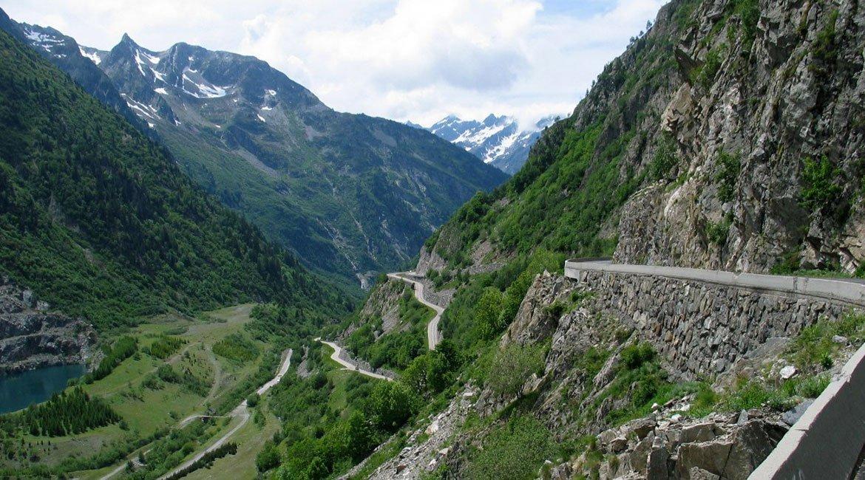 Alpes-Alta-Ruta-por-el-macizo-des-Ecrins-Glandon-BICIS-EN-RUTA