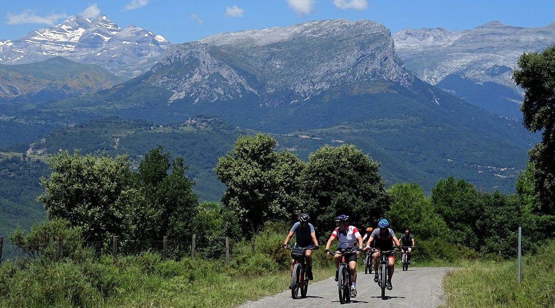 Ordesa-en-bici-Monte-Perdido-Bicis-en-Ruta-1170x650