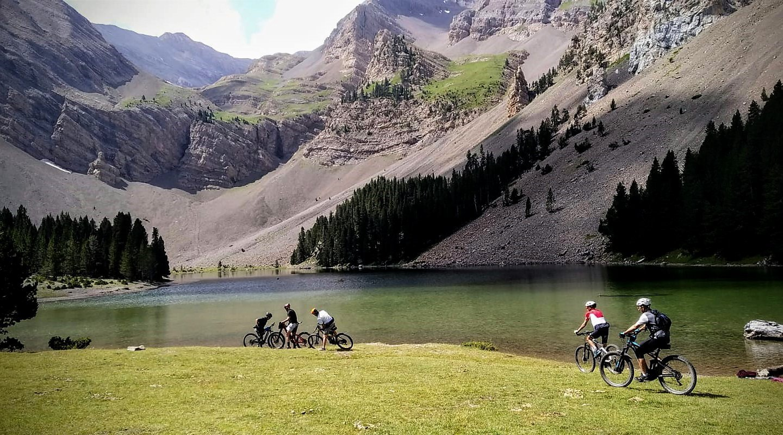 Ordesa-en-bici-el-Ibon-de-Plan-Bicis-en-Ruta-1170x650