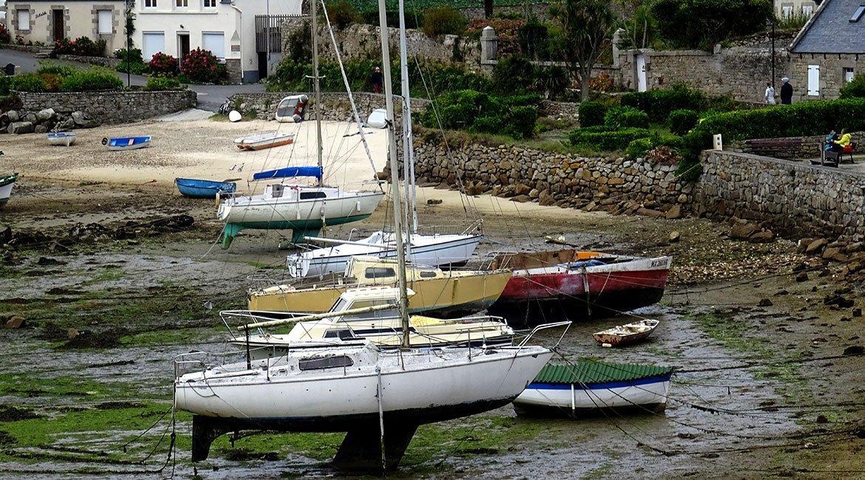 Canal-de-Brest-Ile-de-Baz-BICIS-EN-RUTA-1170X650