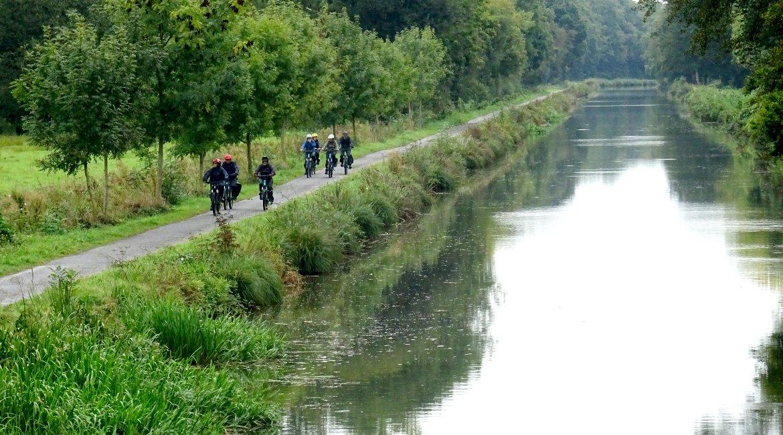 Canal de Brest- hacia Pontivy-BICIS EN RUTA-1170X650