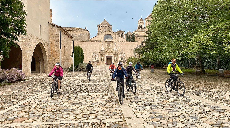 Ruta-del-Cister-Santes-Creus-Poblet-BICIS-EN-RUTA-1170x650
